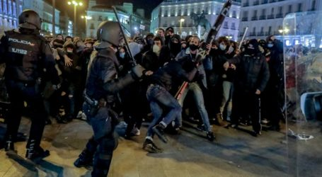 Επεισόδια σε διαδήλωση στη Μαδρίτη υπέρ φυλακισμένου ράπερ