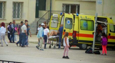 Σε συναγερμό το ΕΚΑΒ σήμερα για συνεχόμενα περιστατικά με μαθητές σε σχολεία της Λάρισας