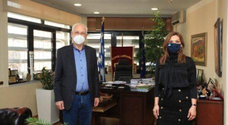 Συνάντηση Δημάρχου Λαρισαίων με την βουλευτή Λάρισας της Ν.Δ. Στέλλα Μπίζιου