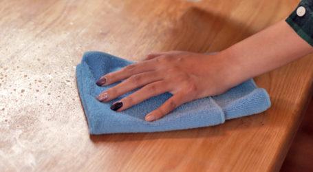 Κορωνοϊός: Για πόσο παραμένει ο ιός σε πλαστικές ή μεταλλικές επιφάνειες, χαρτονομίσματα, μάσκες, δέρμα και ρούχα