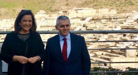 Χαρακόπουλος προς Ντόρα Μπακογιάννη: Η ευρωπαϊκή ενότητα υπονομεύεται από μικροεθνικά συμφέροντα