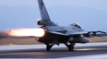 Ατύχημα για ρυμουλκούμενο F-16 στον Βόλο