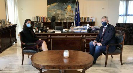 Χαρακόπουλος σε Κεραμέως: Μοριοδότηση για τα ΑΕΙ και των μαθητών της Κοιλάδας (φώτο)