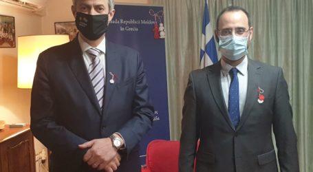 Συνάντηση του Κων. Μαραβέγια με τον πρέσβη της Μολδαβίας