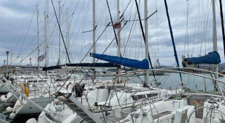 Τσουχτερά πρόστιμα για παράνομη αγκυροβολία σκαφών στο λιμάνι του Βόλου