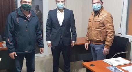 Συνάντηση του Κων. Μαραβέγια με τους φυσικοθεραπευτές για το ζήτημα των επαγγελματικών δικαιωμάτων τους