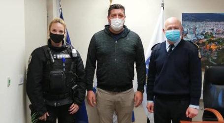 Προσφορά Μαυροφώτη στην Ελληνική Αστυνομία