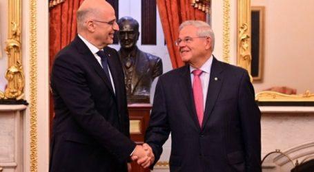 Επικοινωνία Δένδια-Μενέντεζ: Άριστες οι σχέσεις Ελλάδας-ΗΠΑ