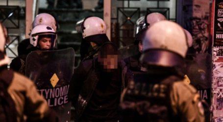 Ένταση στην Πανόρμου μεταξύ νεαρών και αστυνομικών