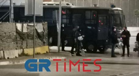Να αποσυρθούν οι αστυνομικές δυνάμεις περιμετρικά του ΑΠΘ ζητάει η ΚΝΕ