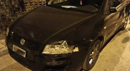 Αστυνομικοί προκάλεσαν φθορές σε σταθμευμένο αυτοκίνητο
