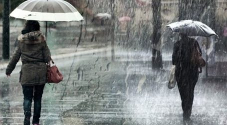 Επιδείνωση του καιρού την Τετάρτη με βροχές και σποραδικές καταιγίδες