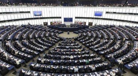 Επιστολή των ευρωβουλευτών ΣΥΡΙΖΑ στο Ευρωπαϊκό Κοινοβούλιο για «υποχώρηση του κράτους δικαίου στην Ελλάδα»