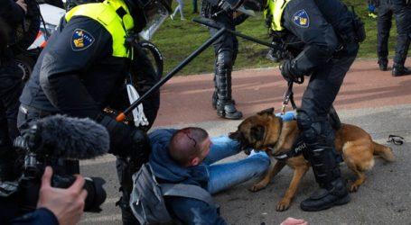 Η αστυνομία διέλυσε συγκέντρωση διαμαρτυρίας για τα περιοριστικά μέτρα