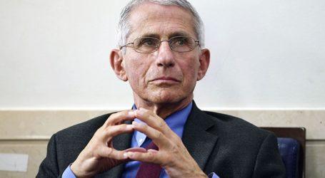 Ο Δρ. Φάουτσι ελπίζει ότι ο Τραμπ θα προτρέψει τους υποστηρικτές του να εμβολιαστούν