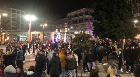 Πλήθος κόσμου την τελευταία Κυριακή της Αποκριάς σε Ξάνθη και Κοζάνη