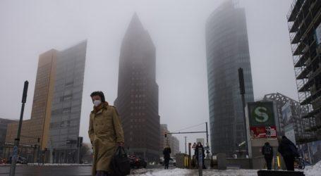 Η Γερμανία καταγράφει τη μεγαλύτερη ημερήσια αύξηση κρουσμάτων κορωνοϊού των τελευταίων δύο μηνών
