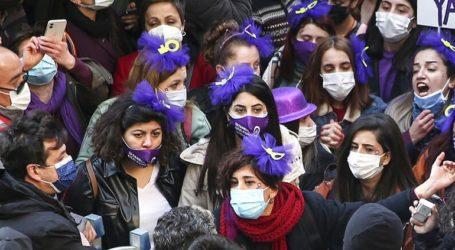 Διαμαρτυρίες στην Τουρκία για την απόσυρση από τη διεθνή Σύμβαση κατά της βίας των γυναικών