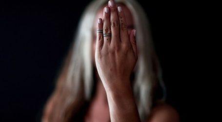 Ηθοποιός καταγγέλλει βιασμό από πρώην υπουργό Πολιτισμού