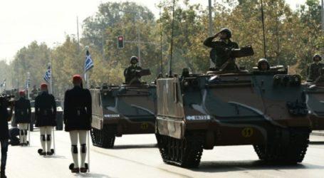 Εντυπωσιακά τεθωρακισμένα με ειδικό διάκοσμο στην παρέλαση της 25ης Μαρτίου