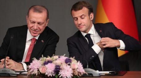 Απαράδεκτες οι δηλώσεις Μακρόν για απόπειρα ανάμιξης στις γαλλικές προεδρικές εκλογές