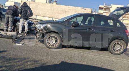 Τροχαίο ατύχημα στην έξοδο προς εθνική Αθηνών-Λαμίας