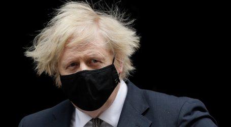 Ολοταχώς για άρση lockdown στη Βρετανία