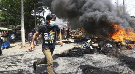 Μπάιντεν και Ε.Ε. καταδίκασαν τις δολοφονίες διαδηλωτών στη Μιανμάρ