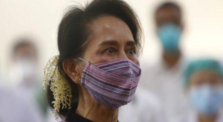 Η Αούνγκ Σαν Σου Τσι δείχνει καλά στην υγεία της, σύμφωνα με τον δικηγόρο της