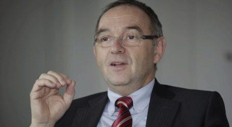 «Αδύναμη να αντιμετωπίσει την πανδημία του κορωνοϊού η καγκελάριος Μέρκελ»