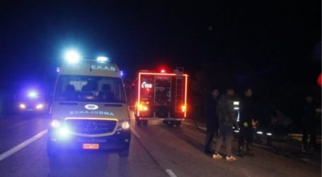 ΤΩΡΑ: Σοβαρό τροχαίο ατύχημα στην Άφησσο – 18χρονος τραυματίστηκε με μηχανάκι