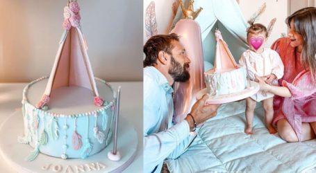 O Γιάννης Μαρακάκης και η Νίκη Θωμοπούλου γιόρτασαν τα πρώτα γενέθλια της κόρης τους!