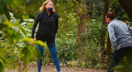 Τζένη Μπαλατσινού: Πρωινή γυμναστική στον Εθνικό Κήπο για να απαλλαγεί από τα κιλά της εγκυμοσύνης