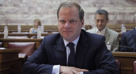 Στις σεισμόπληκτες περιοχές θα βρεθεί αύριο Δευτέρα ο Υπουργός Υποδομών και Μεταφορών Κ. Καραμανλής