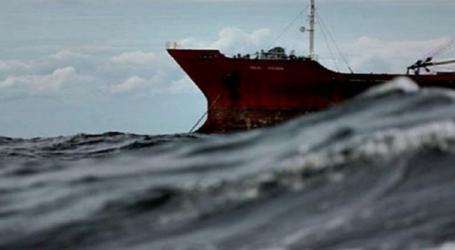 Λαρισαίος ναυτικός «όμηρος» στον Χονγκ Κονγκ – Δύσκολες ώρες για την σύζυγο και τα παιδιά του