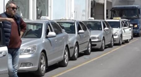Οικονομική στήριξη ζητούν οι αυτοκινητιστές ταξί
