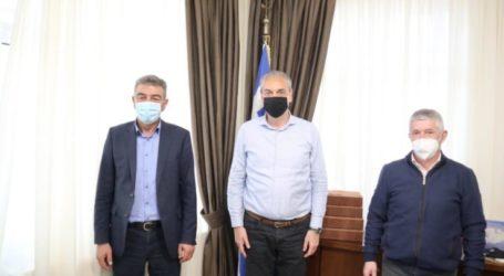 Συμπαράσταση από τους Δημάρχους Γρεβενών και Δεσκάτης:10.000 ευρώ στο Δήμο Ελασσόνας από την ΠΕΔ Δυτικής Μακεδονίας