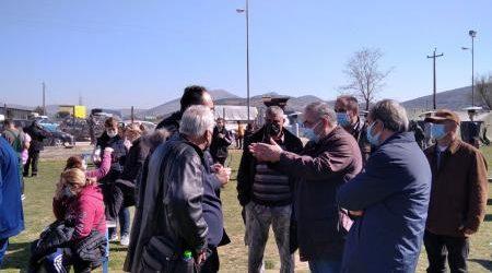 Κλιμάκιο του ΚΚΕ πραγματοποίησε χθες περιοδεία στα σεισμόπληκτα χωριά