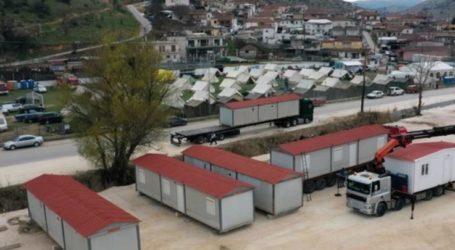 Λάρισα: Στήθηκαν οι πρώτοι 13 οικίσκοι στις σεισμόπληκτες περιοχές