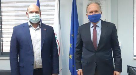 Λιούπης: Ενίσχυση του ΕΚΑΒ Βόλου και ένταξη του Τρικερίου στην ευθύνη του πλωτού ασθενοφόρου των Β. Σποράδων