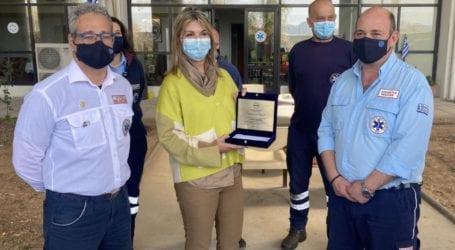 Ζ. Μακρή: Δωρεά ουσίας και αλληλεγγύης για το ΕΚΑΒ Μαγνησίας