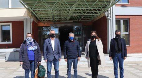 Πράξη ανθρωπιάς από τους εργαζόμενους στον καταυλισμό του Κουτσόχερου για τους σεισμόπληκτους