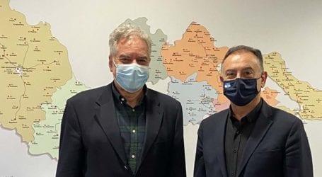 Συνάντηση Κέλλα – Σερέτη με ατζέντα το περιφερειακό ιατρείο στο Δαμάσι και τους εμβολιασμούς