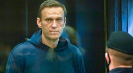 Στη φυλακή όπου κρατείται ο Ναβάλνι έφθασε δημοσιογράφος και όχι γιατρός