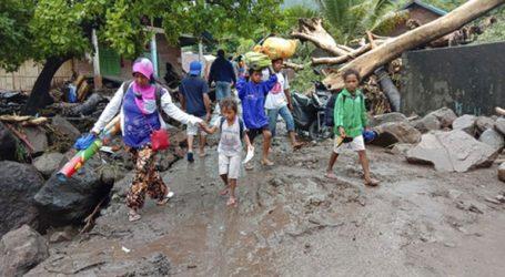 Σχεδόν 160 νεκροί από τις πλημμύρες στην Ινδονησία και το Ανατολικό Τιμόρ