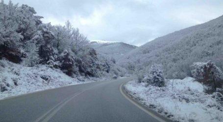 Χιονίζει στα ορεινά της Θεσσαλονίκης