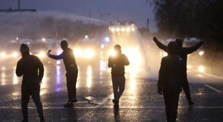 Νέες ταραχές στο Μπέλφαστ παρά τις εκκλήσεις για ηρεμία από Λονδίνο και Δουβλίνο