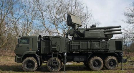 Ανατράπηκε κοντά στο Βελιγράδι φορτηγό που μετέφερε αντιαεροπορικούς πυραύλους