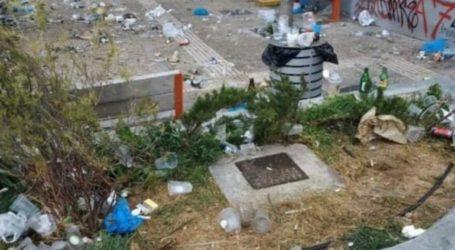 Χωματερή η πλατεία Βαρνάβα μετά τα κορωνοπάρτι