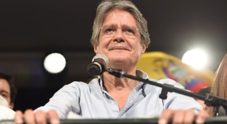 Η νέα κυβέρνηση της Βενεζουέλας υπόσχεται να δώσει άδειες παραμονής στους μετανάστες